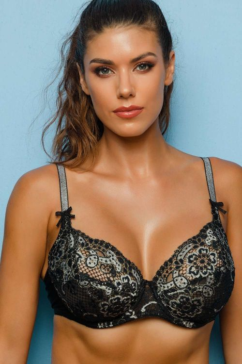 Soft bra with bicolor lace and undewire
