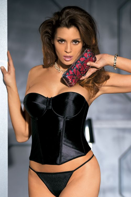 Bustier with simplex fabric, underwires on the body for perfect fitting.