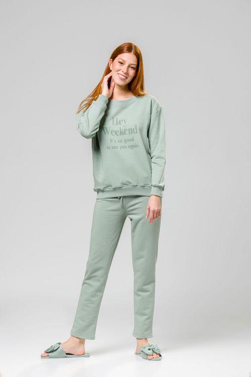 Σετ πυτζάμα με στάμπα στην μπλούζα και άνετη γραμμη